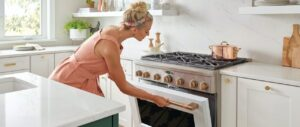 why is a clean oven important